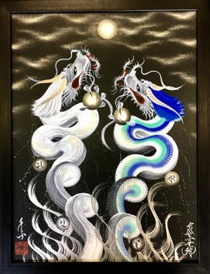 Rising Two dragons to the moon